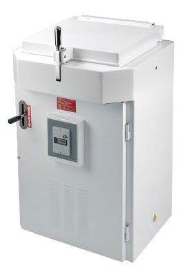 Spezzatrice semiautomatica idraulica quadra